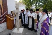 Возведение и освящение креста на месте будущего храма_2