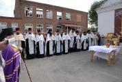 Возведение и освящение креста на месте будущего храма_5